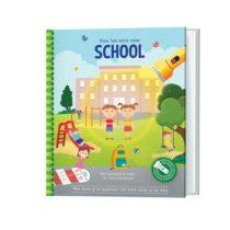 Zaklamp-boek naar school