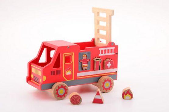 Houten vormenstoof brandweerauto